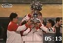 S2总决赛颁奖礼回顾:TPA捧起冠军奖杯